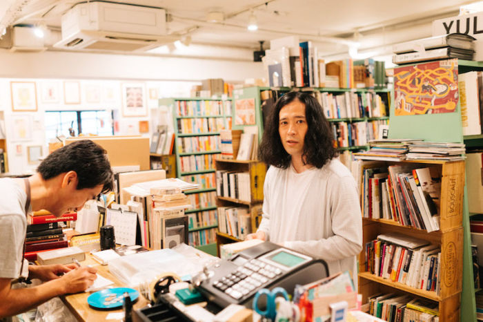 又吉直樹、きゃりーぱみゅぱみゅら21人が好きな本屋とは?雑誌『POPEYE』で本屋特集! art170808_popeye_2-700x466