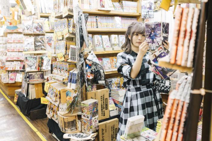 又吉直樹、きゃりーぱみゅぱみゅら21人が好きな本屋とは?雑誌『POPEYE』で本屋特集! art170808_popeye_5-700x467