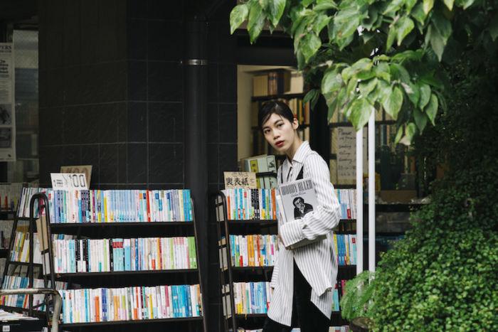 又吉直樹、きゃりーぱみゅぱみゅら21人が好きな本屋とは?雑誌『POPEYE』で本屋特集! art170808_popeye_6-700x467