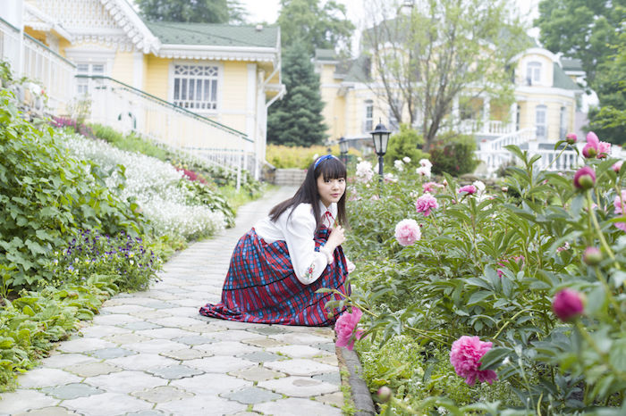 エビ中・中山莉子がインスタ9分割投稿で写真集の発売を発表! art170821_nakayamariko_5-700x466