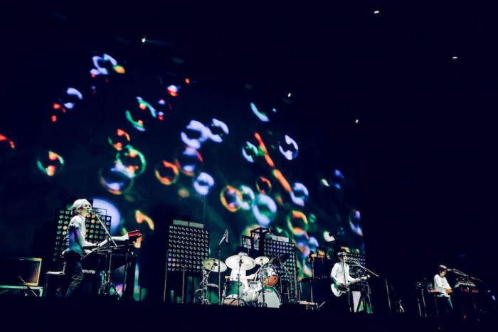 【フジロックライブ&フォトレポ】Cornelius、15年ぶりのフジロックで完璧な帰還。 cornelius-170830-9-700x467