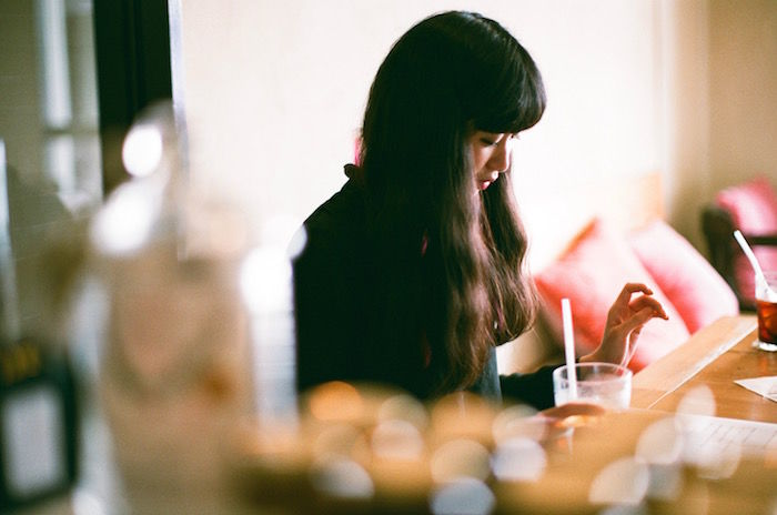 """まだ夏は終わらない!MV女優、アリスムカイデの素が見える""""夏にときめくロック""""14選 interview170825_arismukaide_3-700x464"""