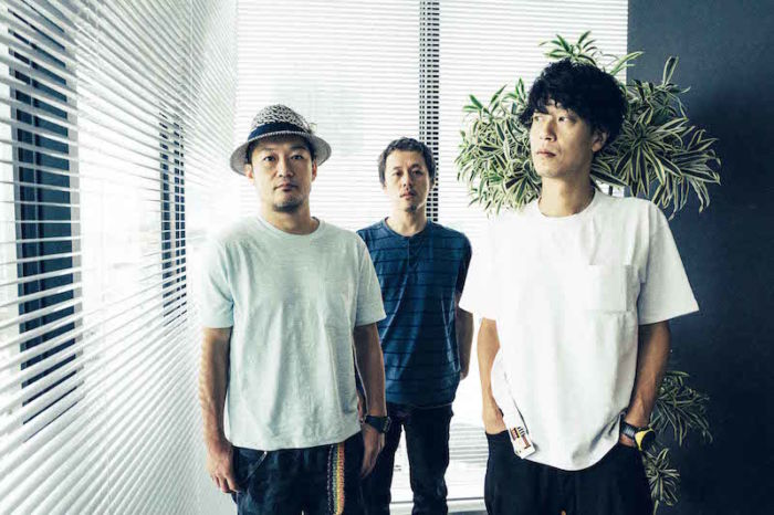 【インタビュー】GRAPEVINE 『覚醒』から『ROADSIDE PROPHET』へ至る20年 interview_grapevine_5-700x466