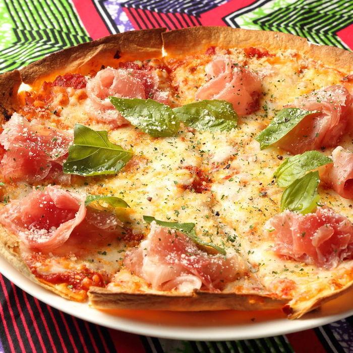世界のビール40種と生ハムとモッツァレラのピザが食べ飲み放題! food170907_pushup_2-700x700