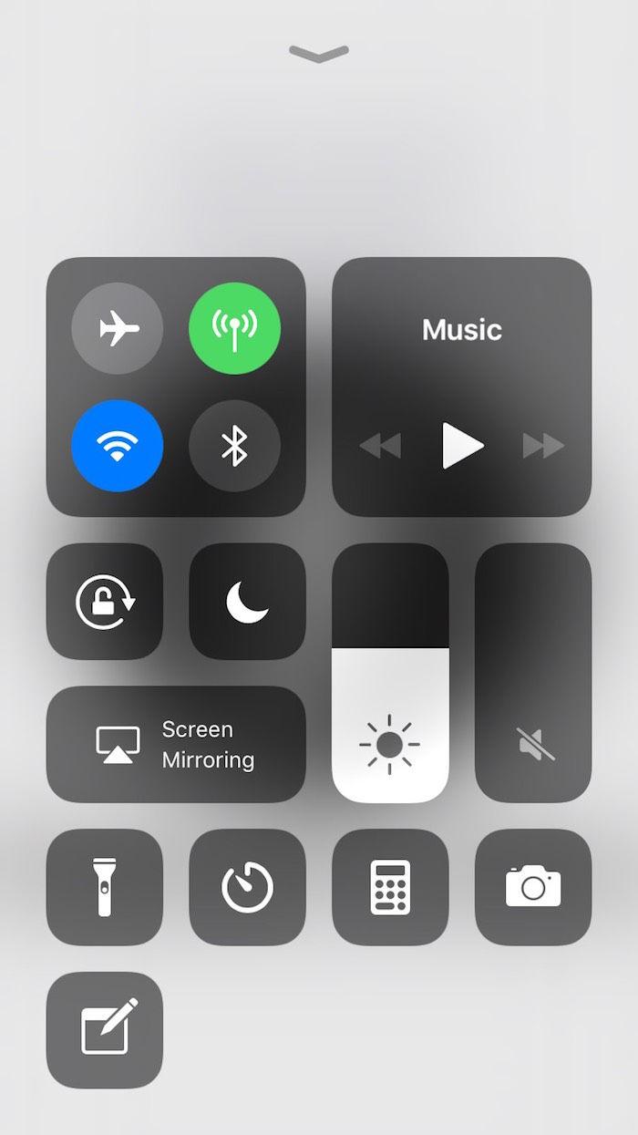 【iPhone Xの疑問解消2017】コントロールセンターのカスタマイズ&使い方 technology170920_ios1_1-700x1245