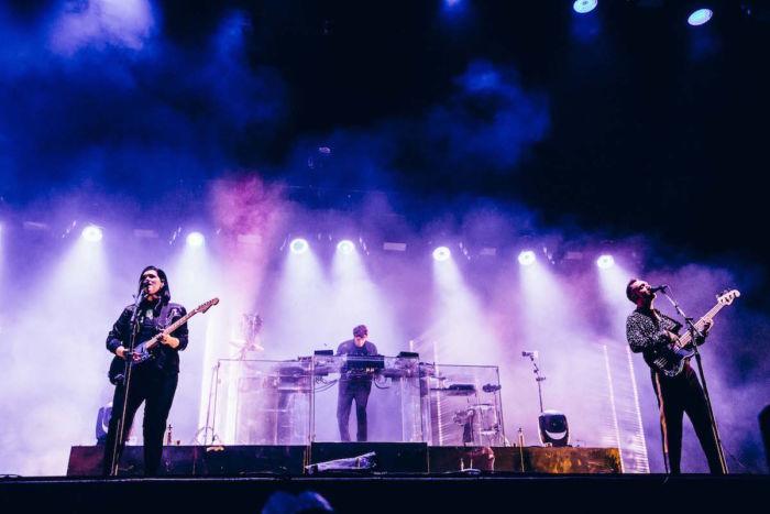 【フジロックフォトレポ】The xx、グリーン・ステージに響くサウンドとジェイミーのDJ thexx_17091411-700x467