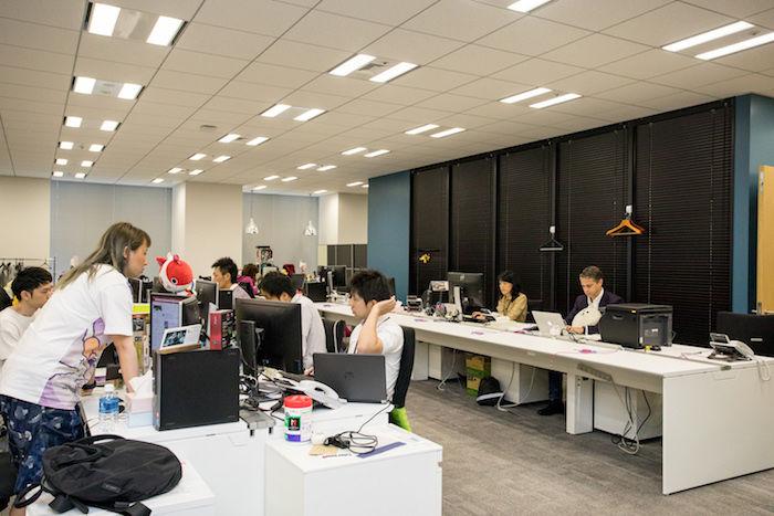 【あいつとオフィス訪問】NEXON(ネクソン)に潜入!オンラインゲームの草分け、多様な側面を持つオフィスに迫る Qe0921NEXON-12-700x467