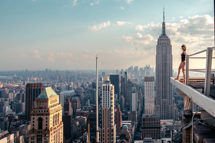 """【インタビュー】MAR SHIRASUNA 美女×ニューヨークの""""絶景""""でインスタを席巻した日本人写真家への「12の質問」 art_marshirasuna_1-700x466"""