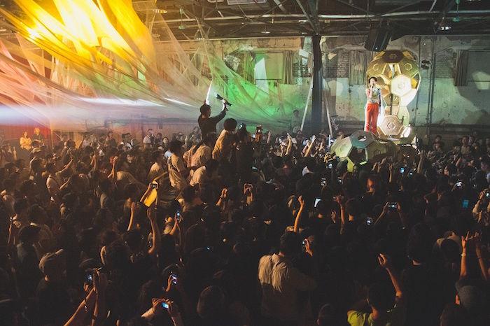 水曜日のカンパネラ、台北・台中初単独公演で1000人が熱狂!LA、香港のフェスにも出演予定! music171016_wedcamp_1-700x466