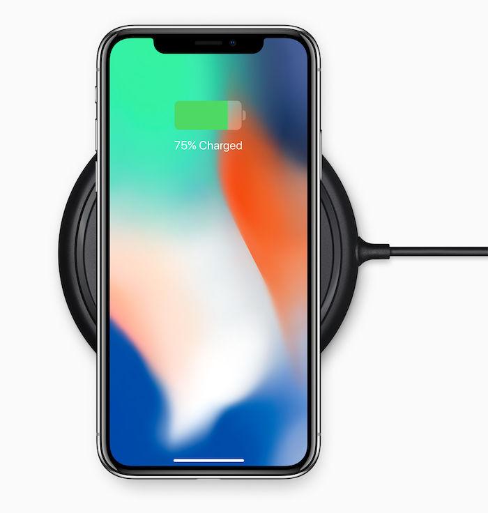 """iPhone X、予約開始まで1週間!iPhone Xについて知っておきたい""""10""""のこと technology_iphonex_4-700x736"""