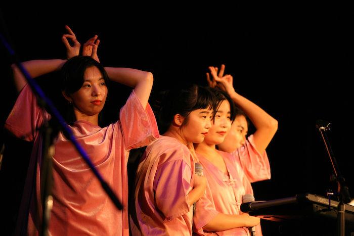 【イベントレポ】豪華出演者で話題となった渋谷WWWと WWW X<Emotions>にtofubeats、ZOMBIE-CHANG、ゆるふわギャング、CHAIらが登場! CHAI-1-700x467