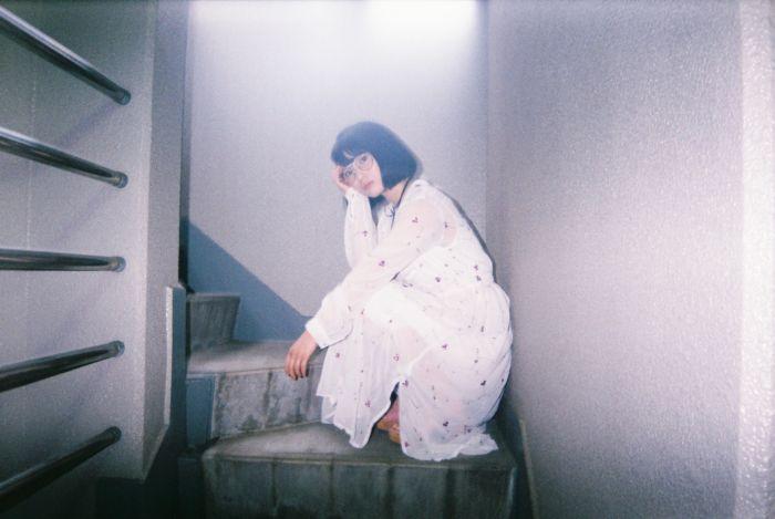 エモい女の子の攻略方法.vol06 服やメイク、パンツの色なんて見ないでよ。【エモスナップ:真野未華】 FH000010-700x469