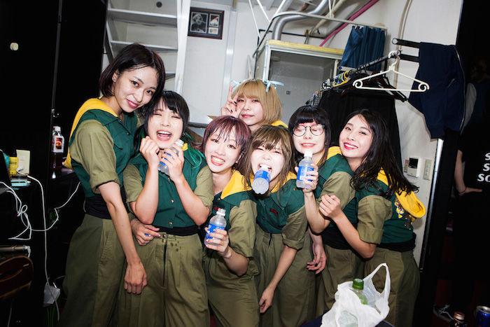 BiS×GANG PARADEドキュメンタリー写真集発売!14人のアイドルの素顔に迫る! art171109_bis-gangparade_4-700x467