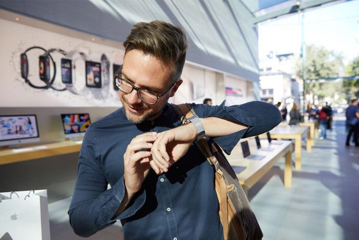 ラジオ番組『Tokyo Brilliantrips』連動!音楽ストリーミングに対応したApple Watch最新モデルなどをご紹介! art171109_brilliantrips_3-700x469