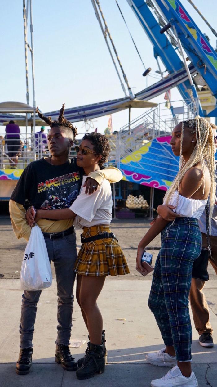【レポート&スナップ】<Camp Flog Gnaw Carnival 2017>ウォーターボールでLAに舞う campfloggnaw2017_7-700x1247