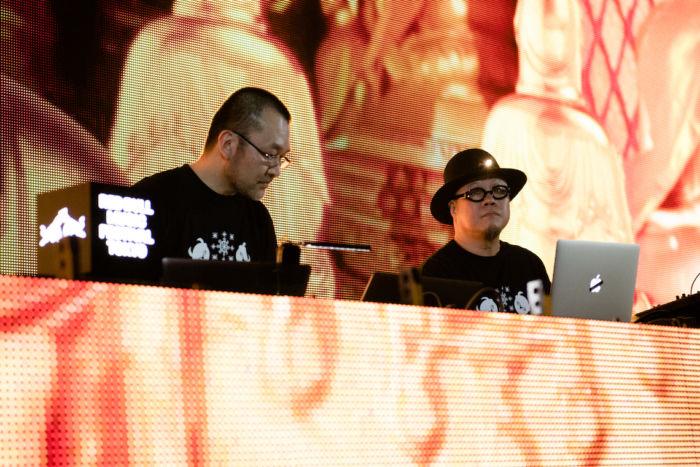 【ライブレポ】ゲーム音楽の祭典<DIGGIN' IN THE CARTS>。Kode9、Chip Tanakaらが映像とともに形成する新たな文脈 ditc-feature20-700x467