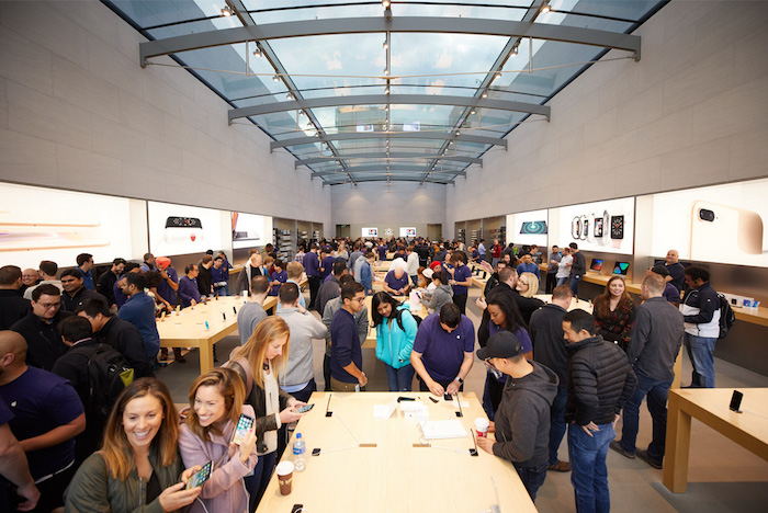 267773 iphone x launch paloalto store interior 20171102 for Interior iphone x