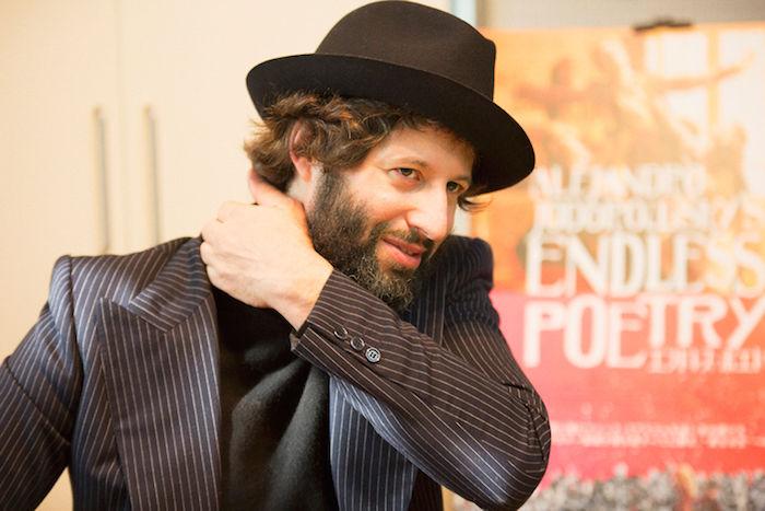 【インタビュー】映画『エンドレス・ポエトリー』アダン・ホドロフスキーが明かす舞台裏!ホドロフスキー映画、制作の秘密とは? interview_endlesspoetry_8-700x467