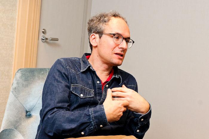 【インタビュー】とある雪山で起きたショッキングなひと時『まともな男』を名匠ミヒャ・レビンスキーが語る matomo-1-700x467
