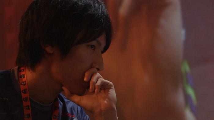 ウメハラ、ももち等が出演!プロゲーマーの実態に迫るドキュメンタリー映画『リビング ザ ゲーム』の劇場公開が決定! SUB7_momochi-700x394