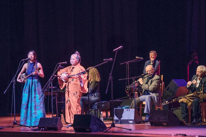 【ライブレポ】アイルランドが誇る国宝級バンド、ザ・チーフタンズ(The Chieftains)が魅せた特別な一夜 chieftains_7762-700x467