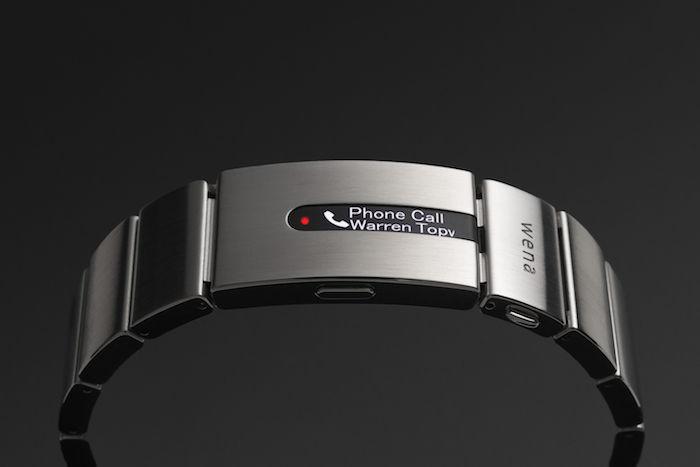 新「wena wrist」は時計&ウェアラブルデバイス両方向へ進化! technology171207_sony_wenawrist_kawasaki_1-700x467
