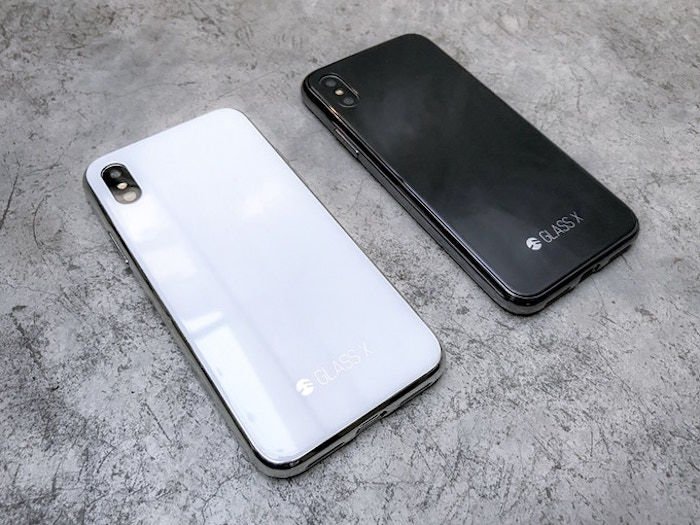 デザインしないことがデザイン?iPhoneにiPhone Xを着せた革新的ケースが登場! technology171226_glassx_1-700x525