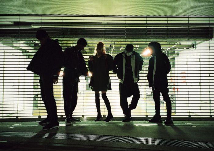 【インタビュー】 渋谷が生んだ新世代クルー・kiLLaが、1stアルバム『GENESIS』で提示する世界基準のHIPHOP killa-pickup3-700x494