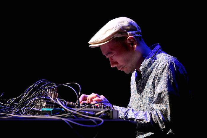 渋谷慶一郎プロデュースによるポスト・パフォーマンス・ライブが横浜ダンスコレクション2018で急遽決定! music180110_QuietStorm_04-700x466