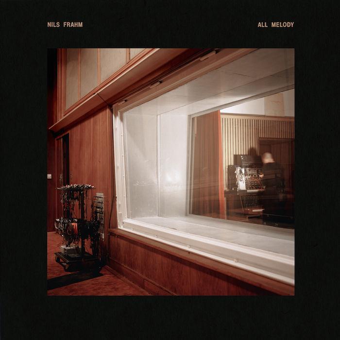 ポスト・クラシカルを代表する音楽家ニルス・フラーム。最新作『All Melody』へと至る歩み music_nilsfrahm_1-700x700