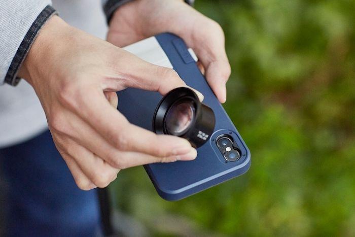 物理シャッターボタンを搭載できるiPhone Xケースが登場! technology180122_snapx_5-700x467
