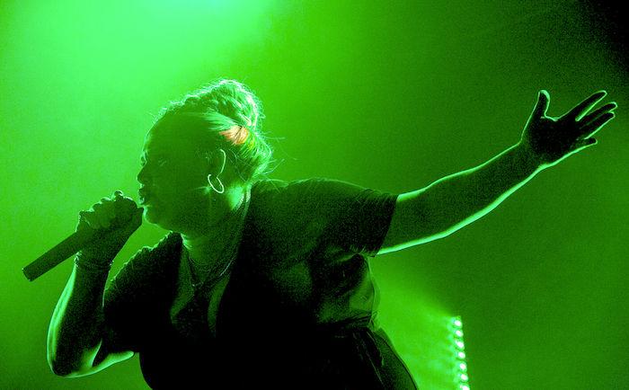 女性版『8 Mile』?サンダンスで争奪戦になった映画『パティ・ケイク$』予告編公開! film180213_patticakes_1-700x434