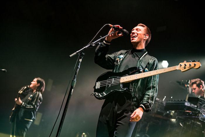 The xx、来日公演ライブレポートが公開!Spotifyではセットリストがプレイリストに! music180213_thexx_3-700x467