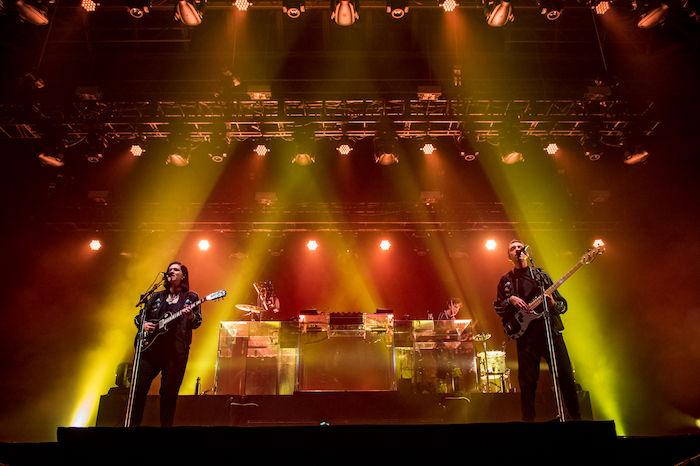 The xx、来日公演ライブレポートが公開!Spotifyではセットリストがプレイリストに! music180213_thexx_5-700x466