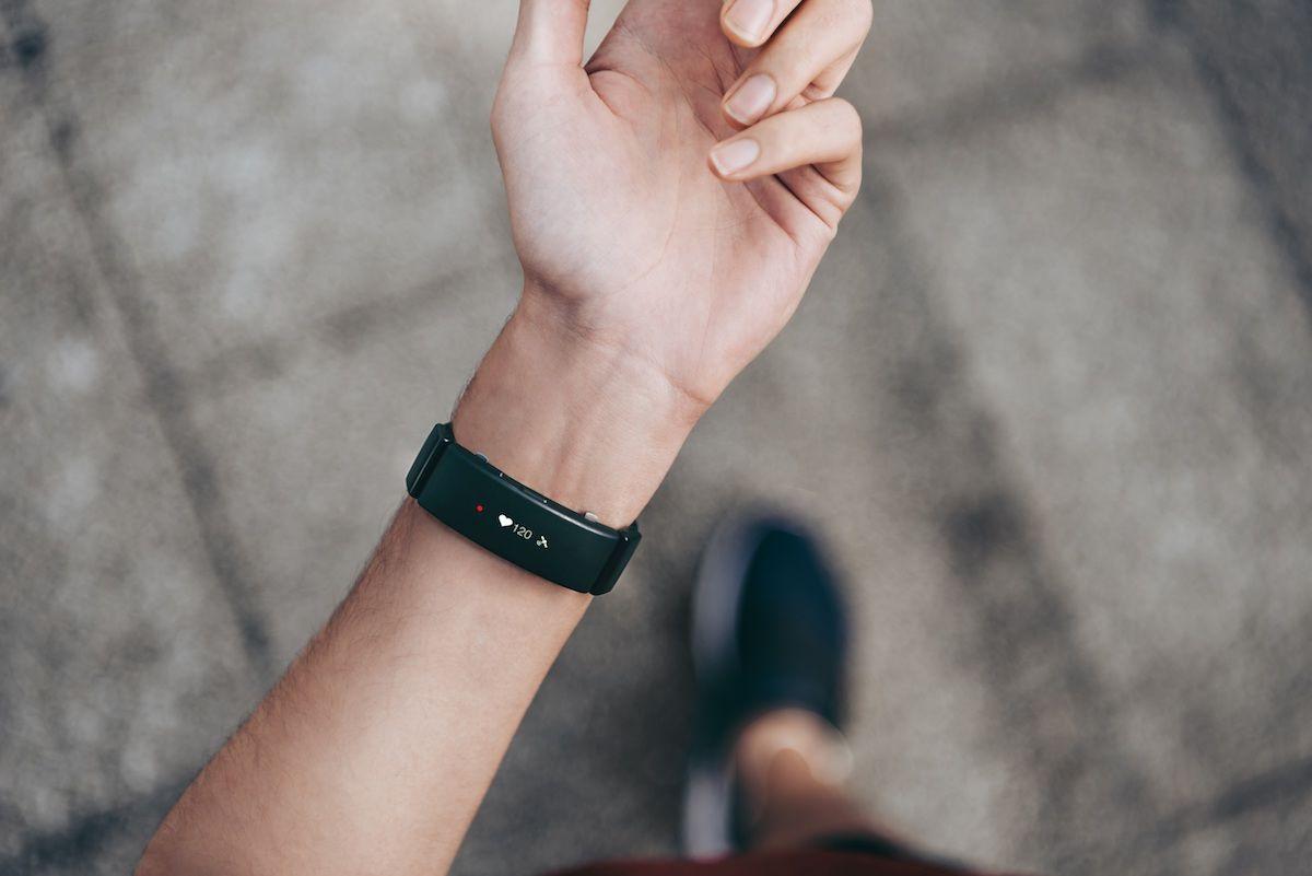 Apple Watchユーザーでも気になる!オン/オフを切り替えられる新モデル「wena wrist active」予約開始! technology180228_wenawrist-active_6-1200x801