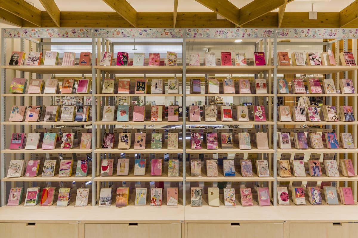ラジオ番組『Tokyo Brilliantrips』連動!女性のための本屋さん「HMV&BOOKS HIBIYA COTTAGE」などをご紹介! art_culture180402_i-tike-hibiya_4-1200x800