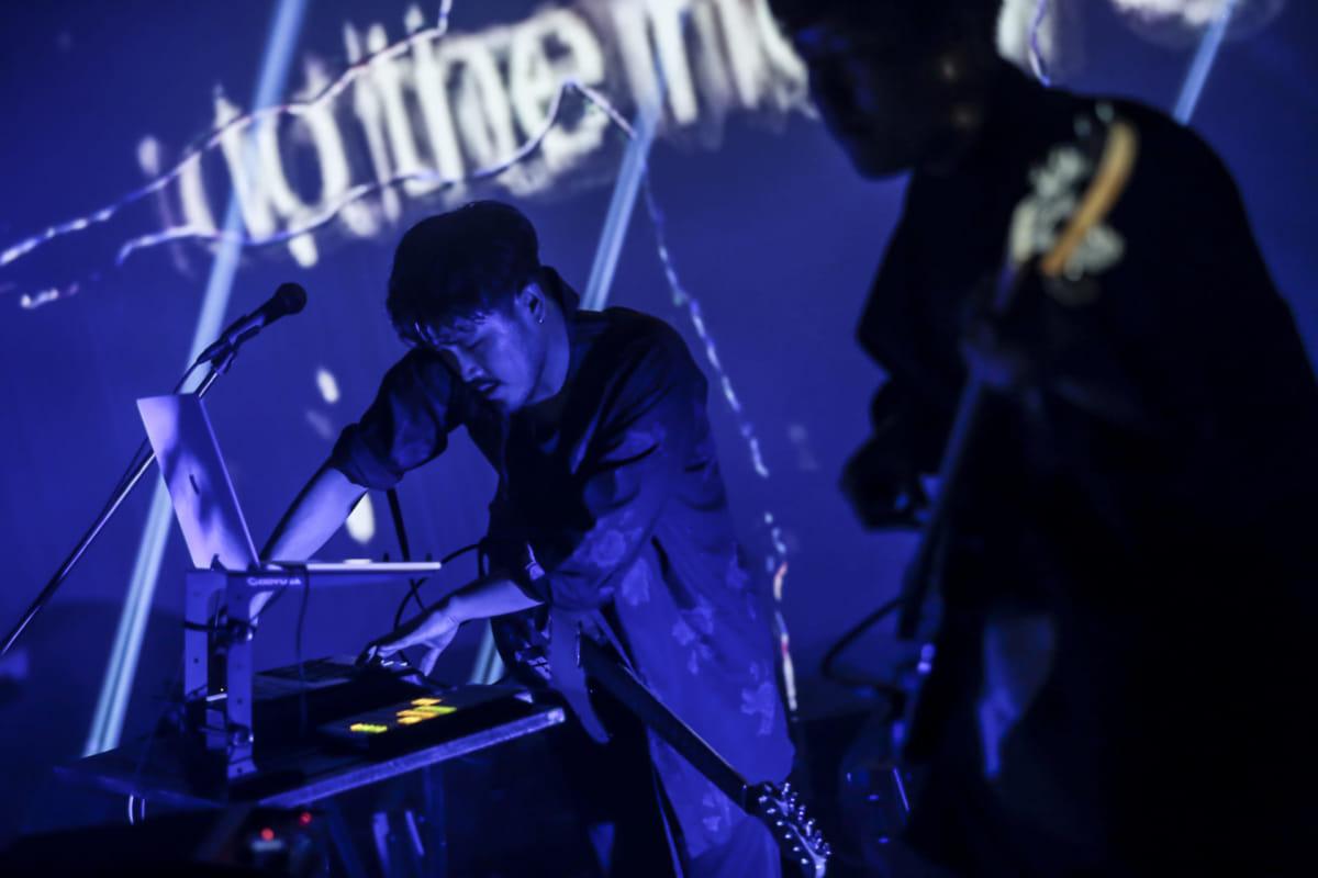 yahyel、2ndアルバム『Human』リリースツアー開幕!初日、恵比寿LIQUIDROOM公演ライブレポート公開! music180331_yahyel_5-1200x800