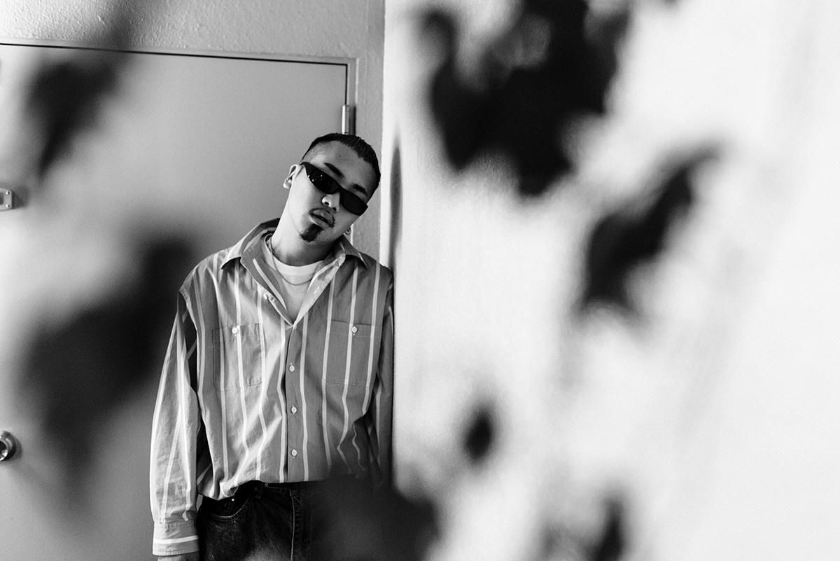 【インタビュー】YENTOWNの最年少ラッパー・kZmが、1stアルバム『DIMENSION』でHIPHOPをさらなる次元へと誘う re_photo_03