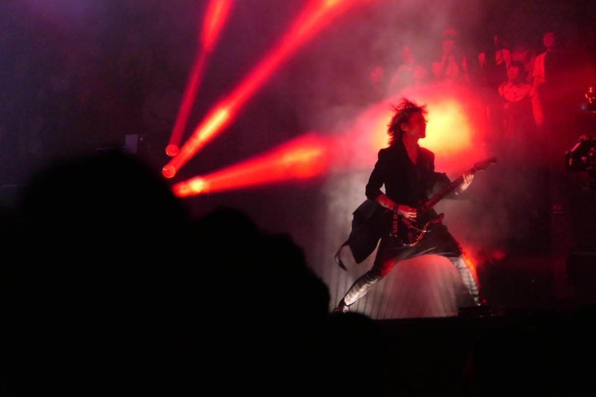 SUGIZOを写真家・鋤田正義が撮り下ろした写真集が発売決定&記念展覧会が渋谷 GALLERY X BY PARCOにて開催! art_culture180418_journey-throught-the-rock-and-art-sugizo-x-sukita-2-1200x800