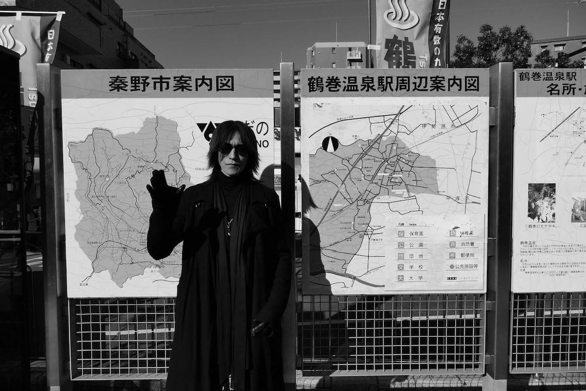 SUGIZOを写真家・鋤田正義が撮り下ろした写真集が発売決定&記念展覧会が渋谷 GALLERY X BY PARCOにて開催! art_culture180418_journey-throught-the-rock-and-art-sugizo-x-sukita-3-1200x801
