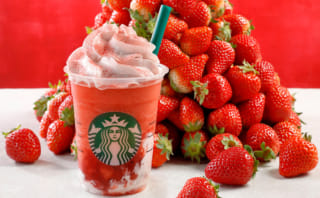STRAWBERRYVERYMUCHFRAPPUCCINO