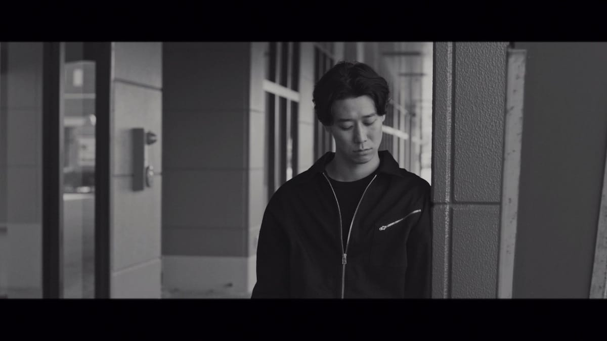 """小袋成彬が今月リリースのアルバム『分離派の夏』より""""Selfish""""のMVを公開 music180403_nariakiobukuro_2-1200x675"""
