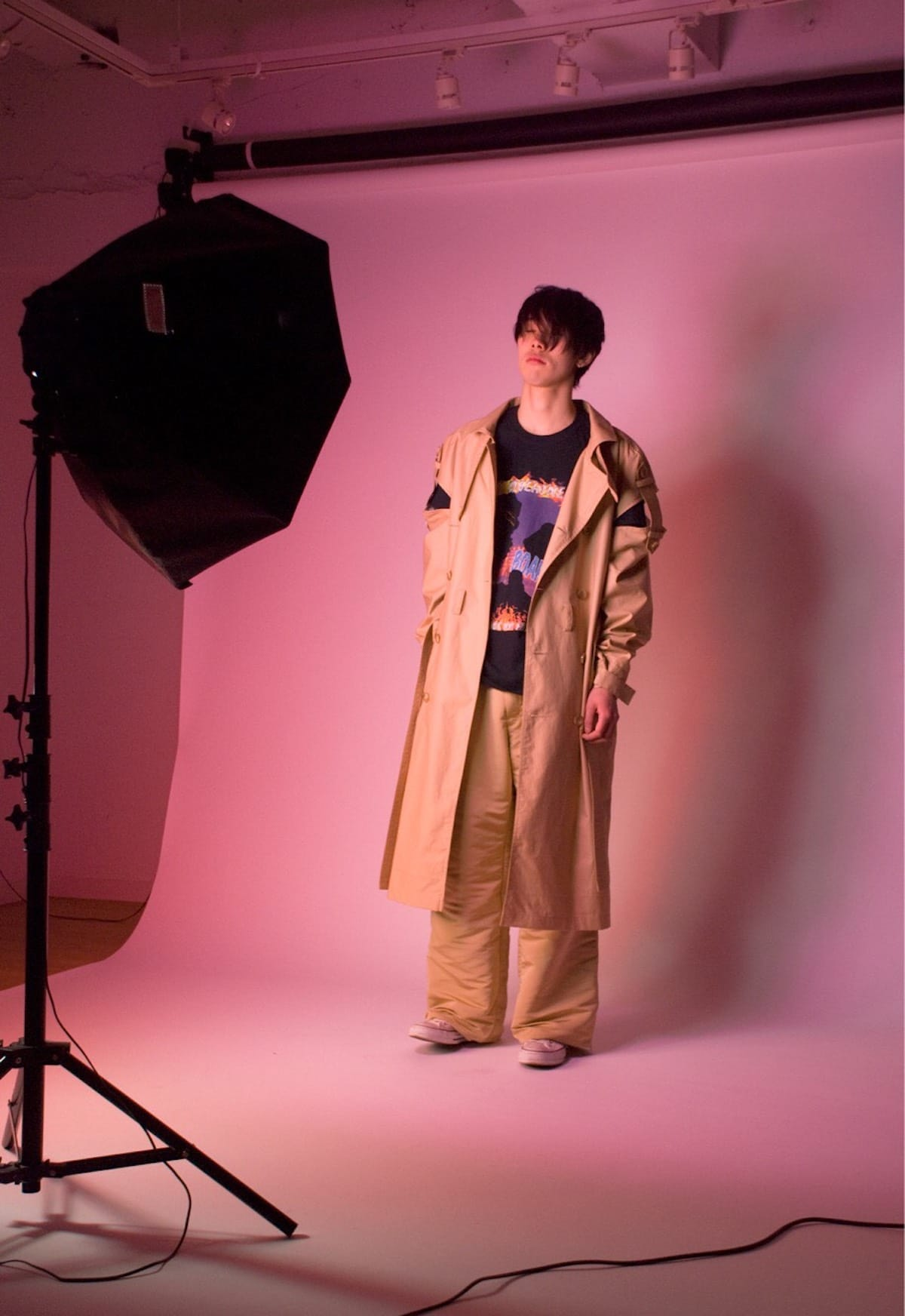"""金井慶介が手掛けるファッションブランドA MACHINEが""""BOARDER""""をテーマにした2018 AWのルックブックを発表 music180413_like-a-machine-boarder-9-1200x1744"""