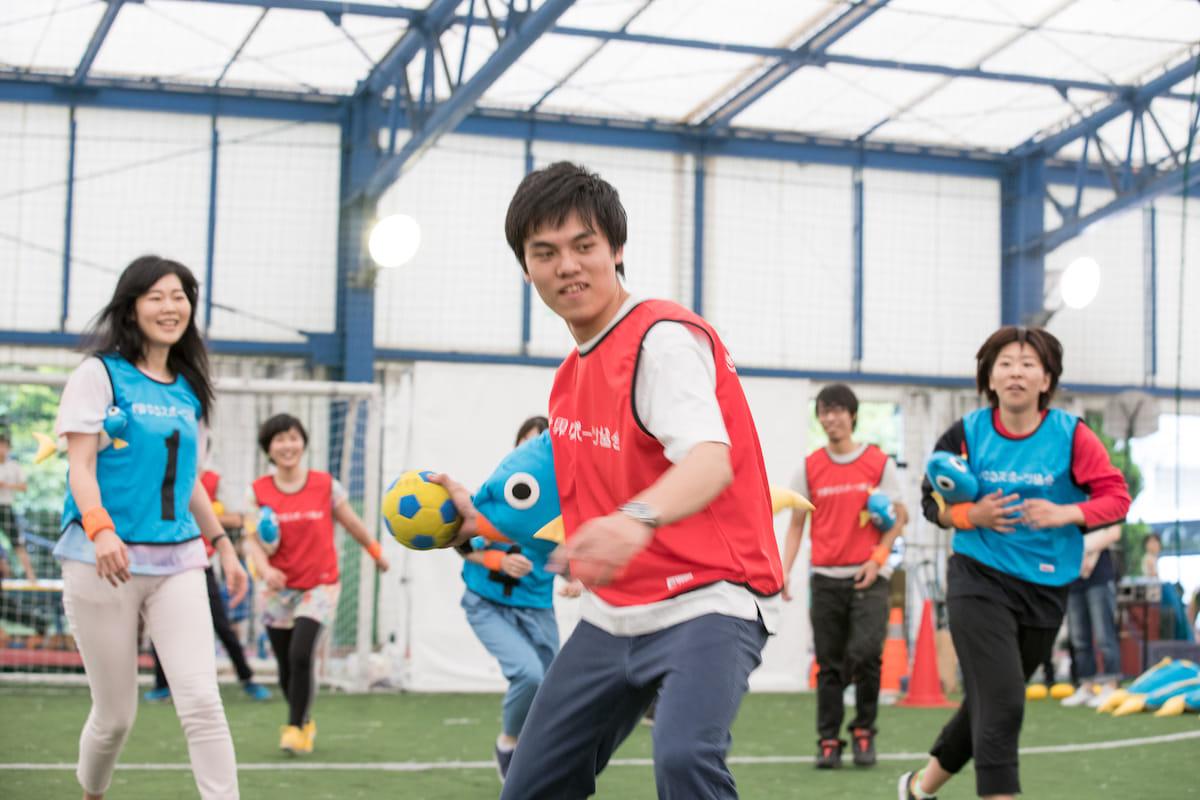 澤田智洋さんが主催する<ゆるスポーツランド2018>に潜入レポート!体も心も大笑い、それがゆるスポの正体だった!? 20180519_0183-1200x800