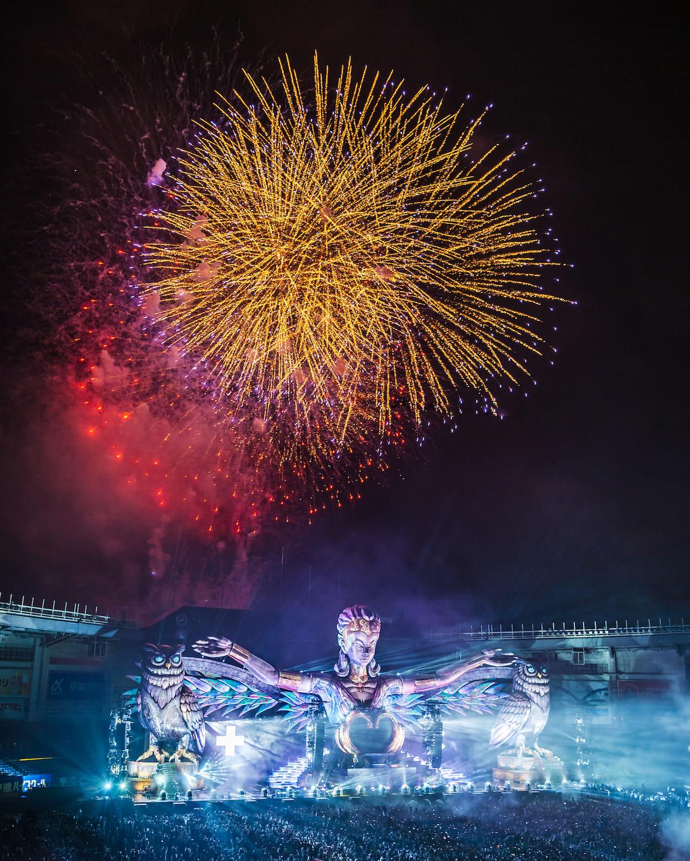 【レポート】PKCZ®、きゃりー、スティーヴ・アオキ、ディプロら出演。<EDC JAPAN 2018>8万人が熱狂した光と音のカーニバル electricdaisycarnival-japan-1805146-1200x1500