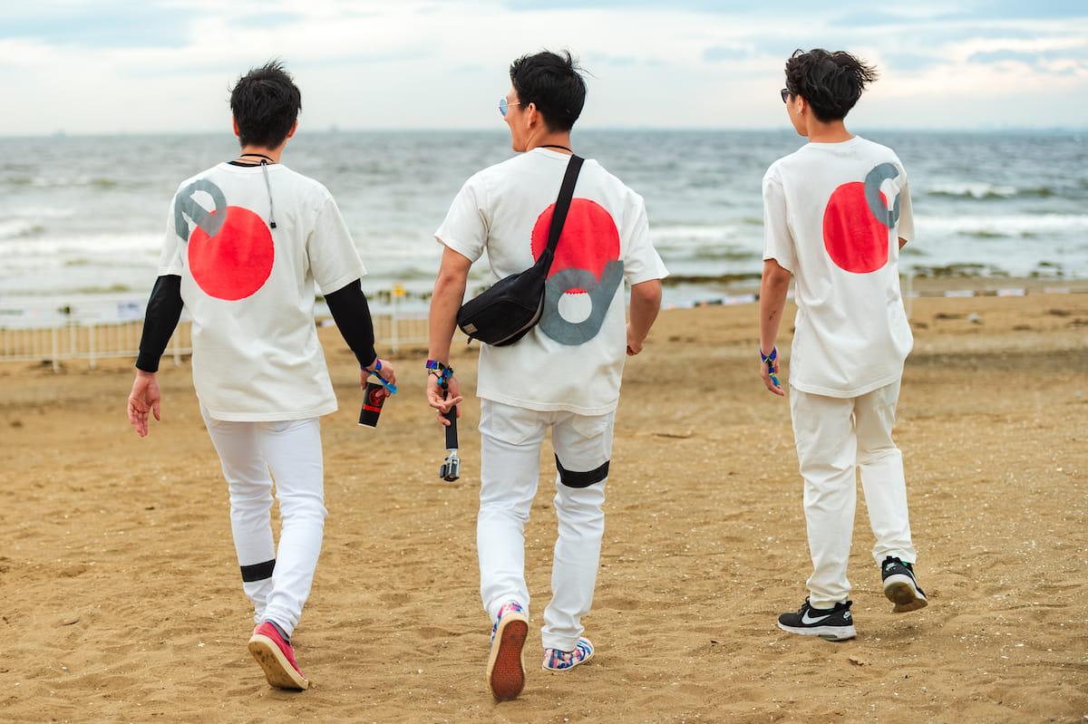 <EDC JAPAN 2018>ファッションスナップ:ツインズコーデ、シースルー、花冠が人気! fashion180514-electricdaisycarnival-japan-fashion_01-1200x799