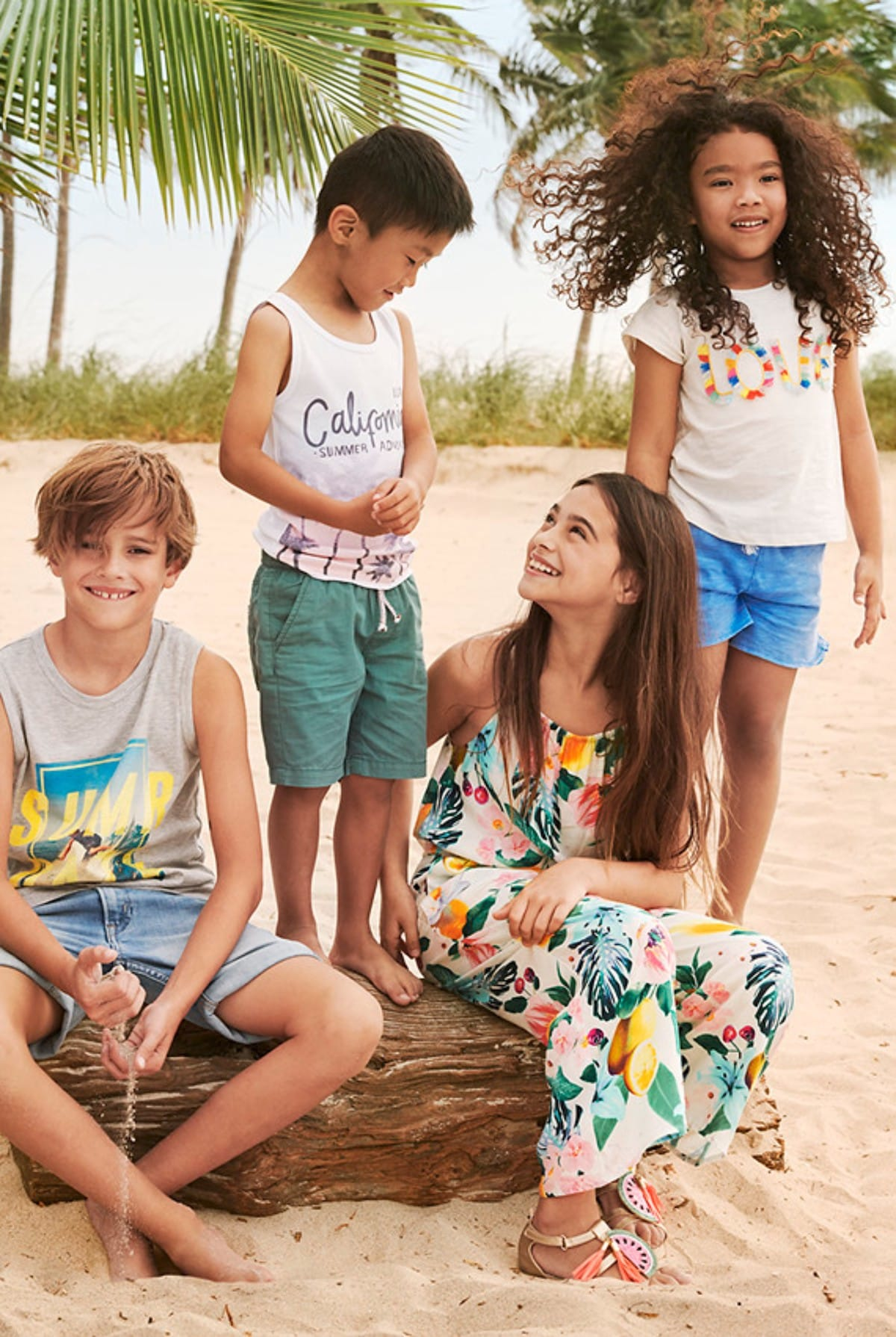 H&M、夏向けの洗練されたリラックススタイルが登場! fashion180517_hm_5-1200x1790