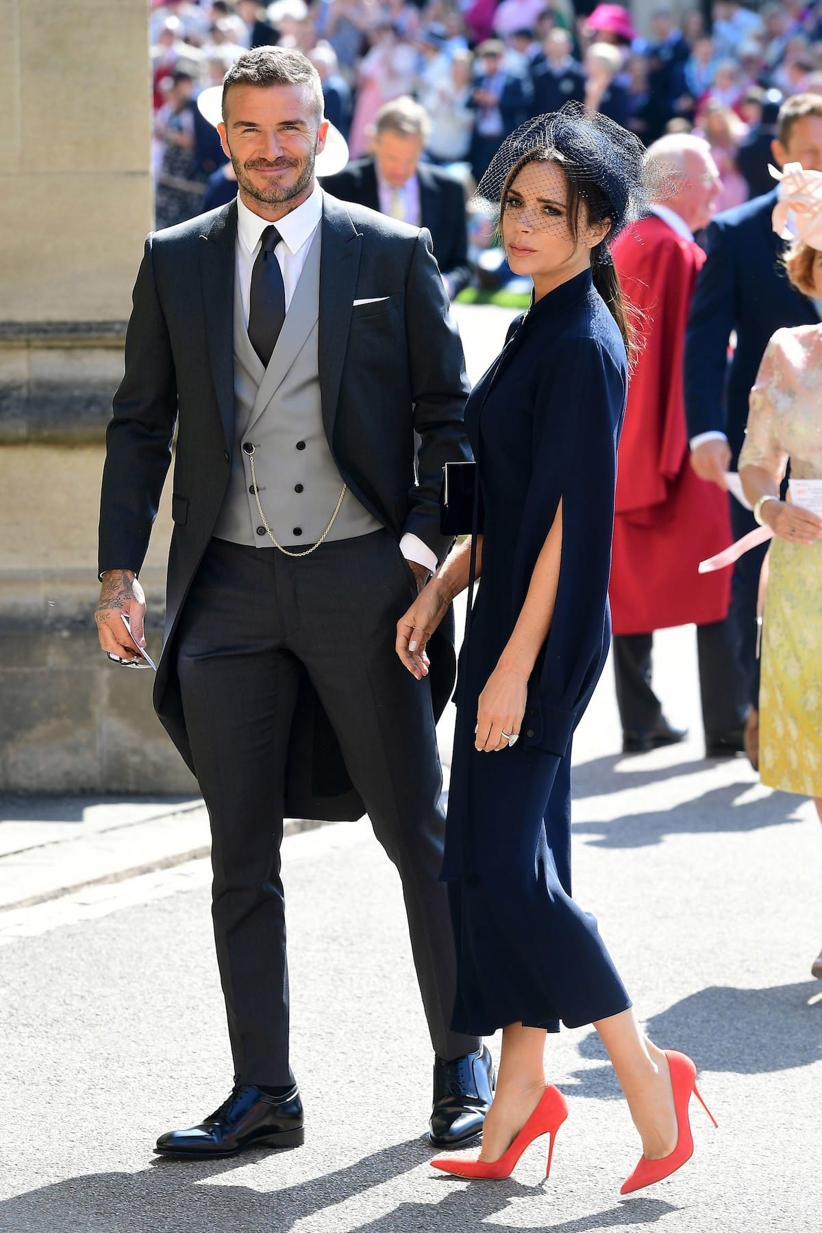 ベッカムがキム・ジョーンズが初めて手がけたディオール オムを纏って英国ロイヤルウエディングに登場! fashion180522_dior-homme_3-1200x1800