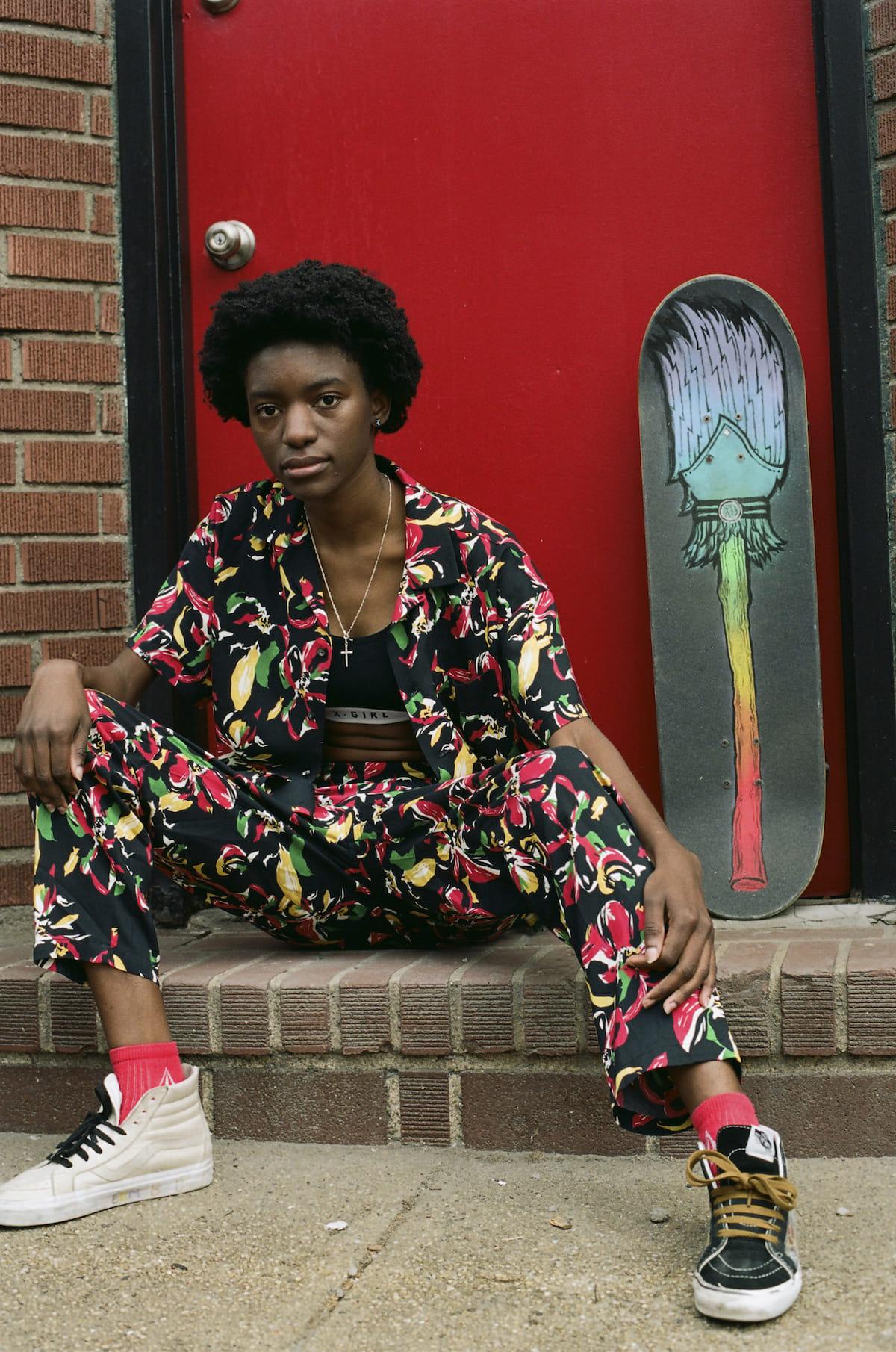 X-girl、ブランド初となるスケートボードウエアライン『#1 X-girl skateboards』が登場! fashion180525_x-girl_2-1200x1810