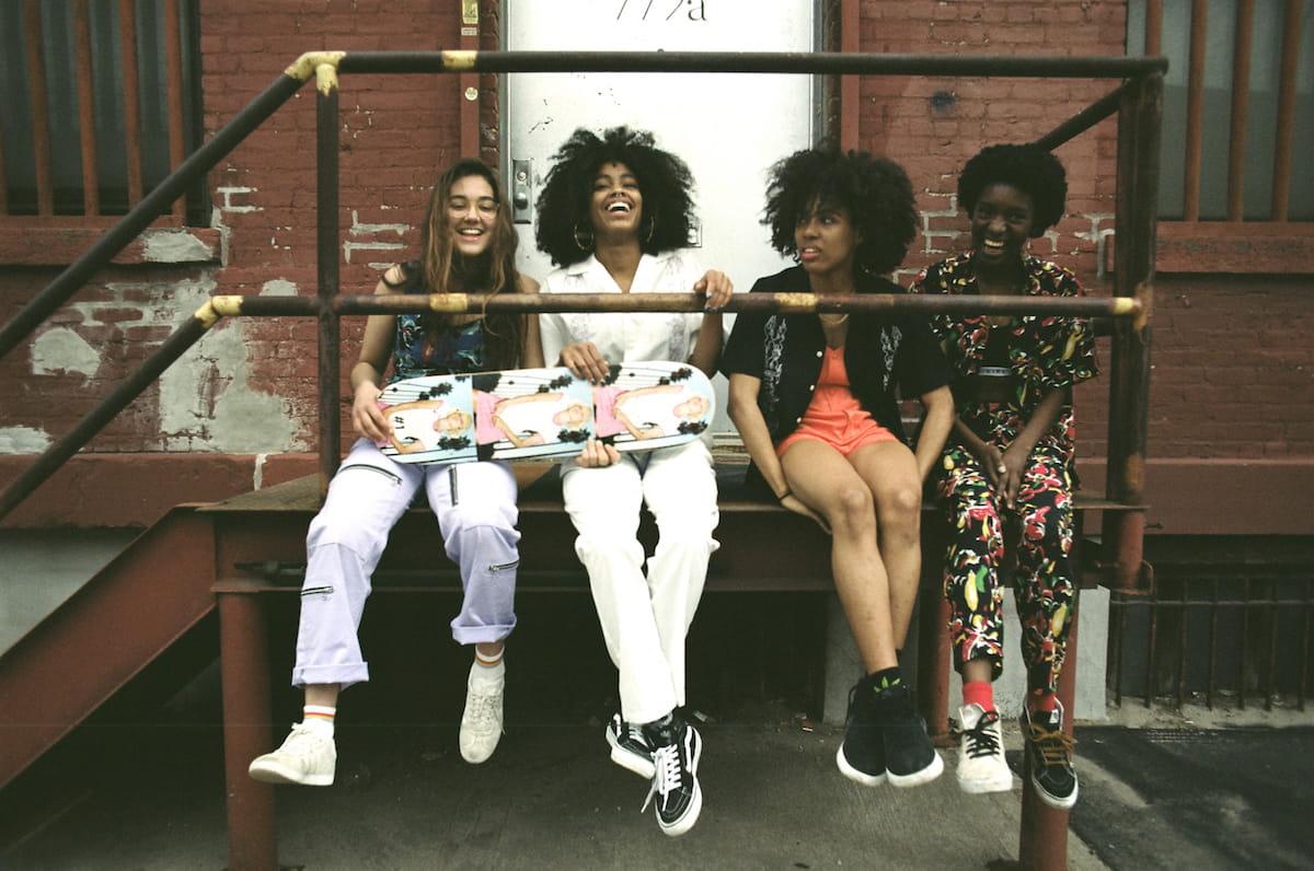 X-girl、ブランド初となるスケートボードウエアライン『#1 X-girl skateboards』が登場! fashion180525_x-girl_5-1200x796